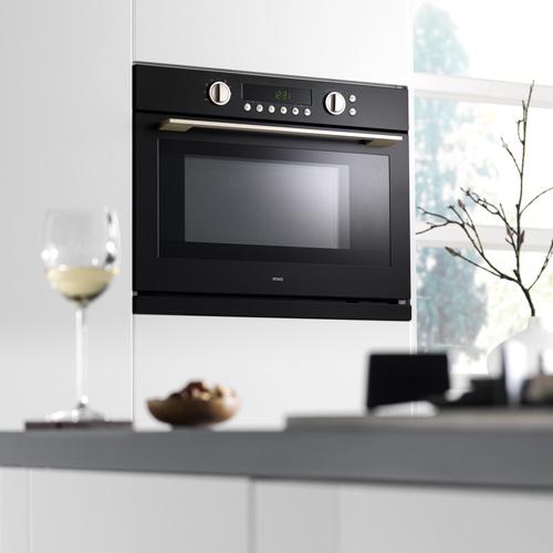 kombineret mikro og almindelig ovn